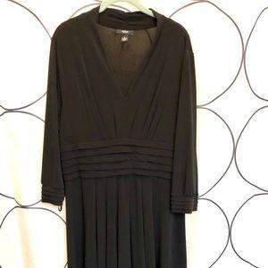Alfani Black Fabric stretchy Dress in size 1x
